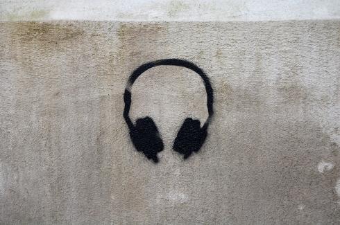 Musik auf die Ohren und ab in denPark